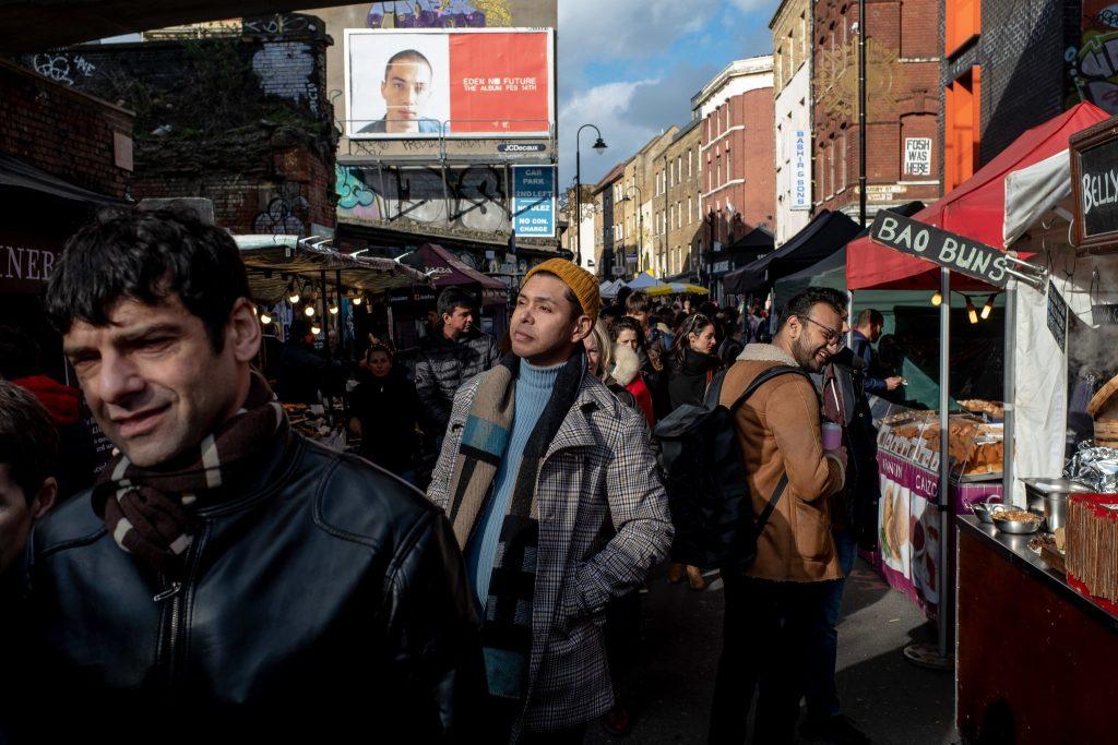 """El Paciente de Londres, Adam Castillejo, no quiere que la gente piense: """"Oh, has sido elegido"""". Cree que simplemente sucedió. Foto: Andrew Testa para The New York Times."""