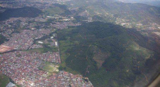 Concejo de Desamparados acoge moción que suspende construcción en las cercanías de la Loma Salitral - Delfino.cr